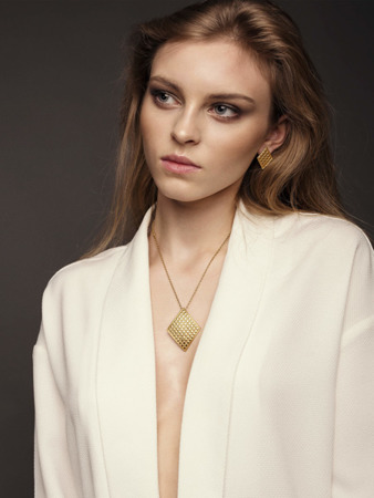 Necklace Chesterfield White